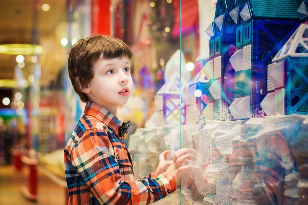 things to do with kids in tokyo: shopping